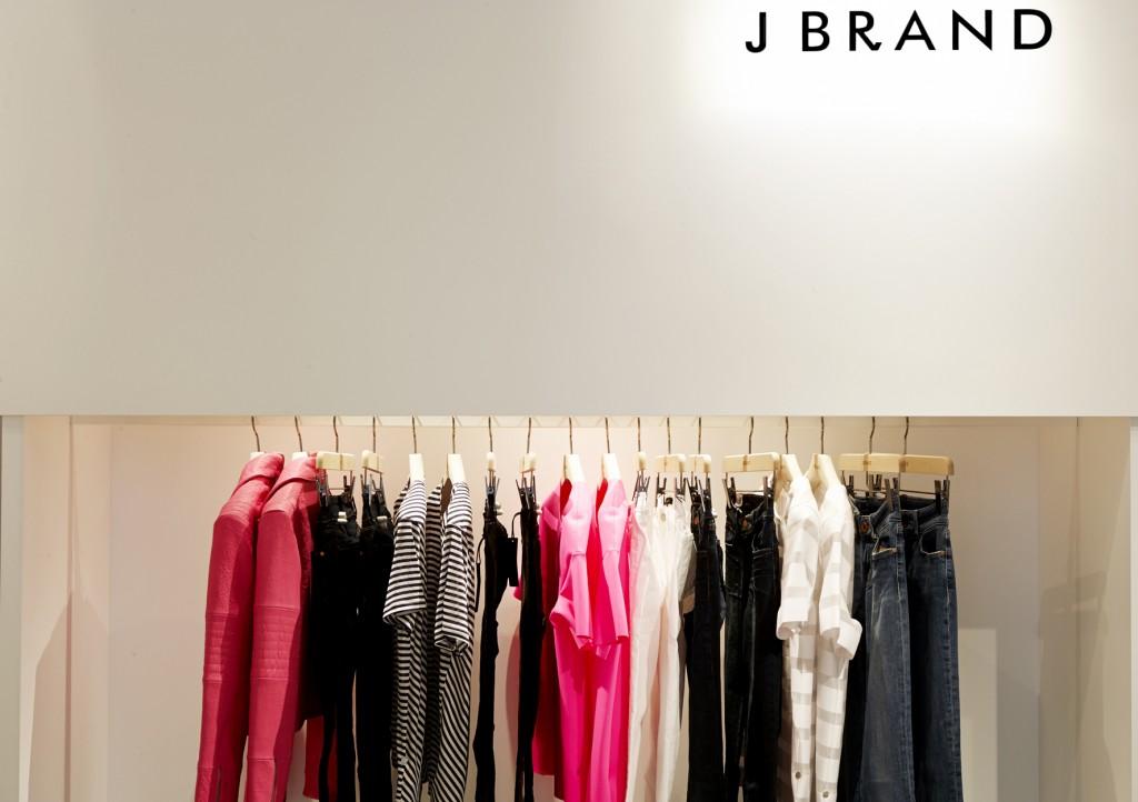 Pop-up J Brand